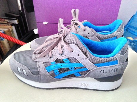 e5e46403 ... FW15 gray/cyan 10. Новые оригинальные кроссовки Asics gel lyte III,  размер 28СМ US 10 RUS 42.5. Покупал в интернет магазине, прислали не ту  расцветку.