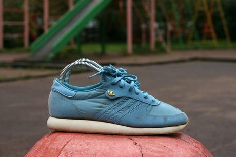 8cf968e1d8c641 Vintage Adidas Dance 1984 year Made in Taiwan - Достаточно редкая модель  приятный бирюзовый цвет все надписи полностью целые очень легкие