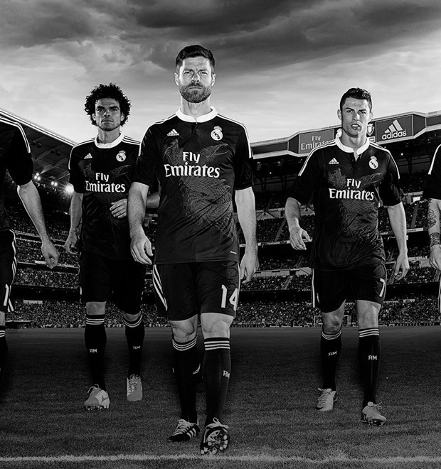 10 новаторских дизайнерских решений в истории футбольной формы