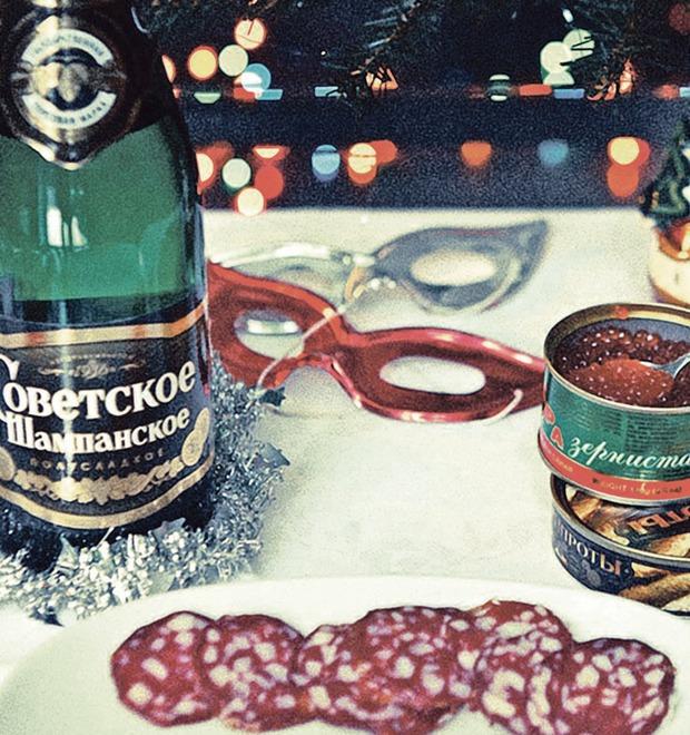 Национальная гордость: 10 главных блюд советского новогоднего застолья
