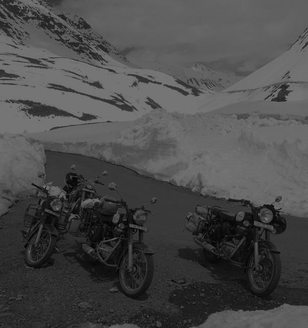 «Я думал, что умер и попал в рай»: Как я поднялся в Гималаи на мотоцикле — Герои на FURFUR
