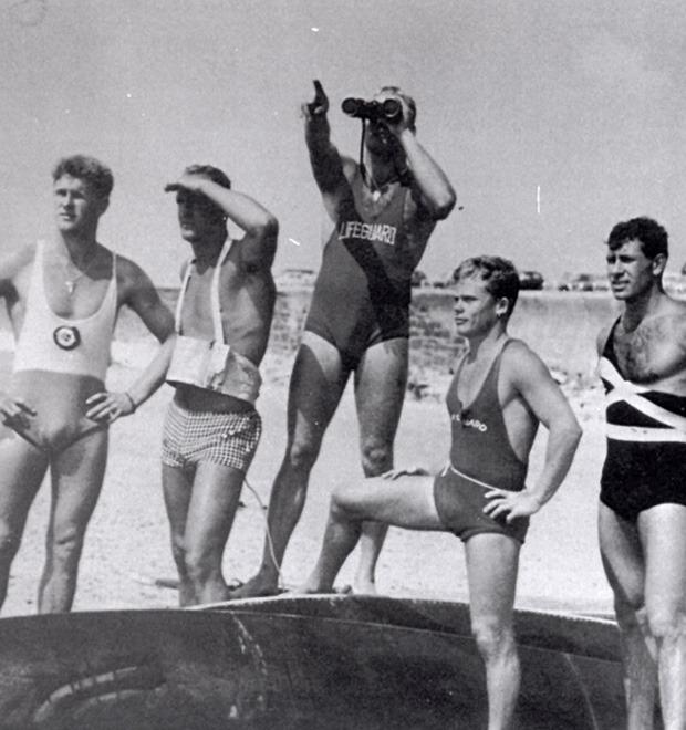 Бесконечное лето: 7 известных документальных фильмов о сёрфинге