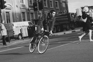 «Главное — думать за себя и людей вокруг»: Интервью с Энди Эллисом, создателем Fixed Gear London — Герои на FURFUR
