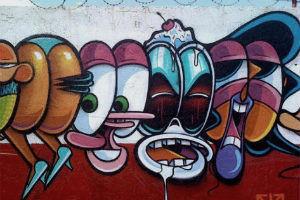 Граффити из 50 портретов мультипликационных персонажей — Культура на FURFUR