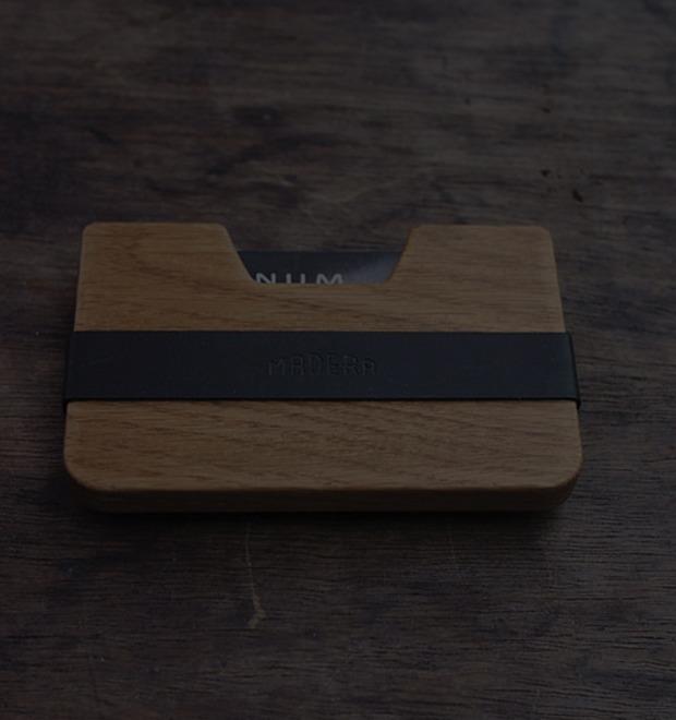 Инвентарь: Деревянный кошелек Poquito