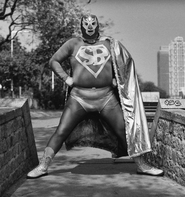 Реальные супергерои: Как отстоять гражданскую позицию в костюме из спандекса — Герои на FURFUR