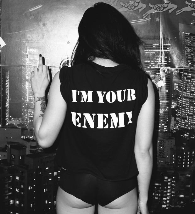 6 девушек рассказывают о рок-футболках — Культура на FURFUR