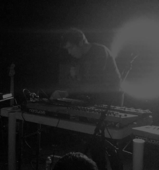 Светлая музыка: Washed Out проходит тесты на депрессию и тревожность — Герои на FURFUR