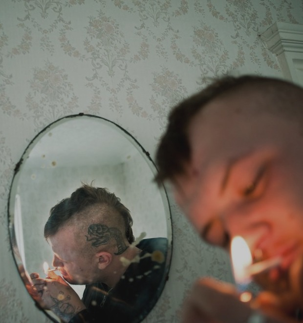 Как британские подростки создают панк-сообщества в заброшенных домах
