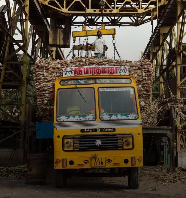 Я и друг мой грузовик: Индийские дальнобойщики и их автомобили
