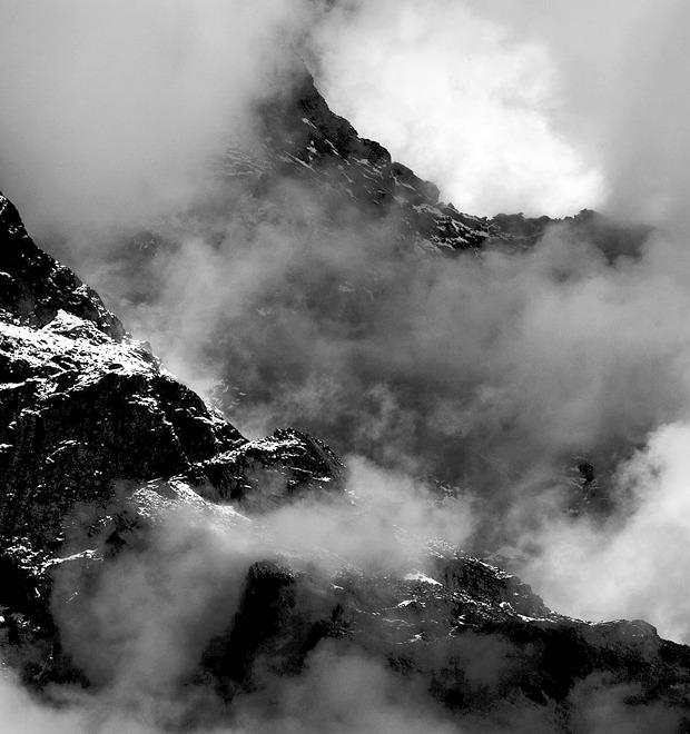 Аутдор: Технологичная одежда для альпинистов как новый тренд в мужской моде