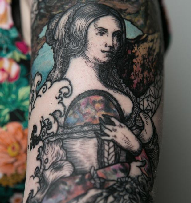 «За барахлом всё ещё приходят, но таким я не отвечаю»: Интервью с татуировщиком Никитой Брославским — Герои на FURFUR