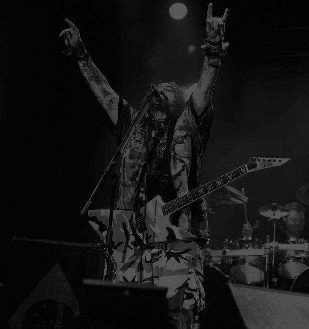 «Детство в Бразилии — это уникальный опыт»: Интервью с Максом Кавалерой, создателем группы Sepulturа