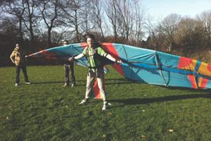 Голландский инженер Ярно Смитс разработал механические крылья, позволяющие людям летать — Культура на FURFUR