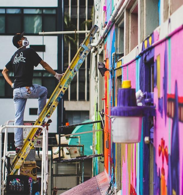 Гавайский фестиваль граффити Pow! Wow! в Instagram-фотографиях участников