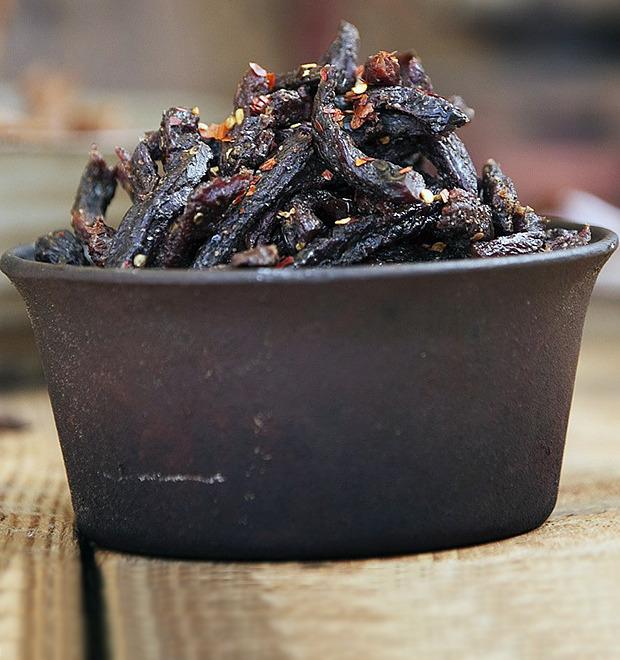 Сухой закон: Путеводитель по джерки, знаменитой закуске из высушенного мяса — Культура на FURFUR