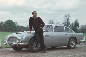 Репортаж с выставки машин Джеймса Бонда