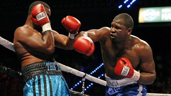 Американский боксер-тяжеловес будет драться за один доллар — Культура на FURFUR
