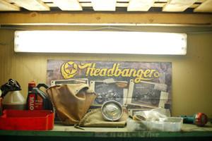 «Яиц на дороге нужно иметь в меру»: Интервью с создателями мотомастерской New Old Shit Garage — Герои на FURFUR