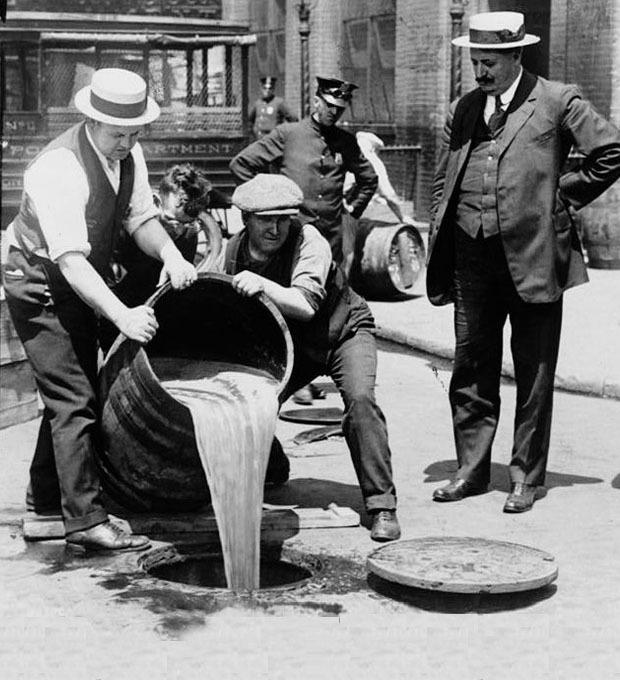 Выпил — в тюрьму: История запрета алкоголя и «сухих законов» разных стран