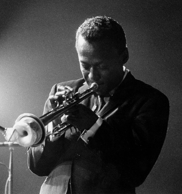 Начальная школа: Как подобраться к джазу — самому запутанному музыкальному жанру — Культура на FURFUR