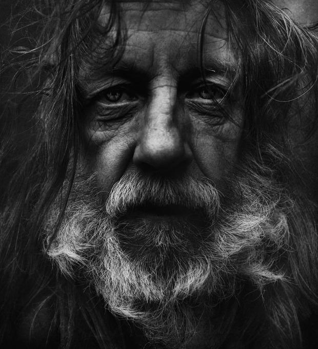 16 стильных приемов, которым стоит поучиться у бездомных — Культура на FURFUR