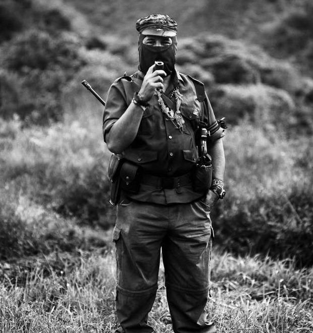 Портрет: Субкоманданте Маркос — мексиканский революционер