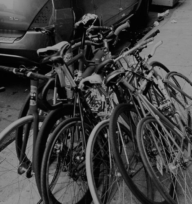 Какую роль велосипед сыграл в эмансипации женщин: Дэвид Херлиxи об истории спортивного снаряда  — Культура на FURFUR