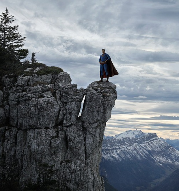 Одиночество — скука: Одинокие супергерои во французских Альпах