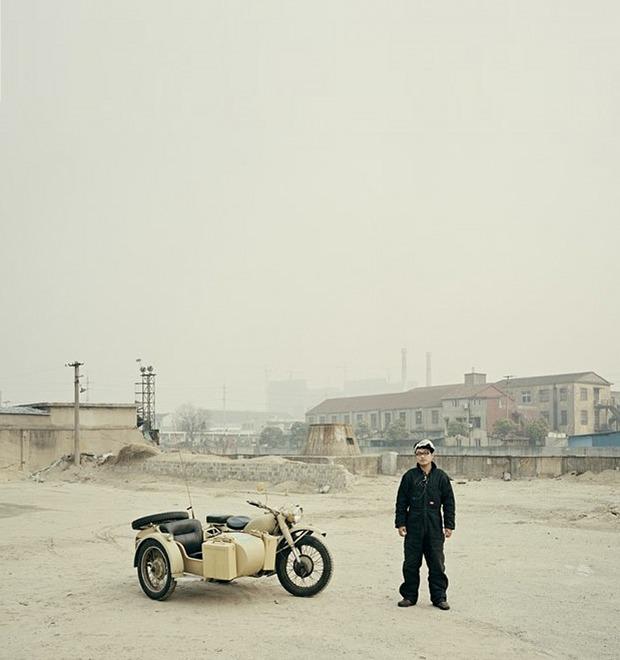 В люльке: Владельцы мотоциклов с колясками на фоне пейзажей Шанхая — Культура на FURFUR