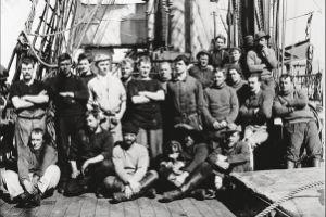 Считавшиеся утерянными фотографии Антарктики были выставлены в британских музеях