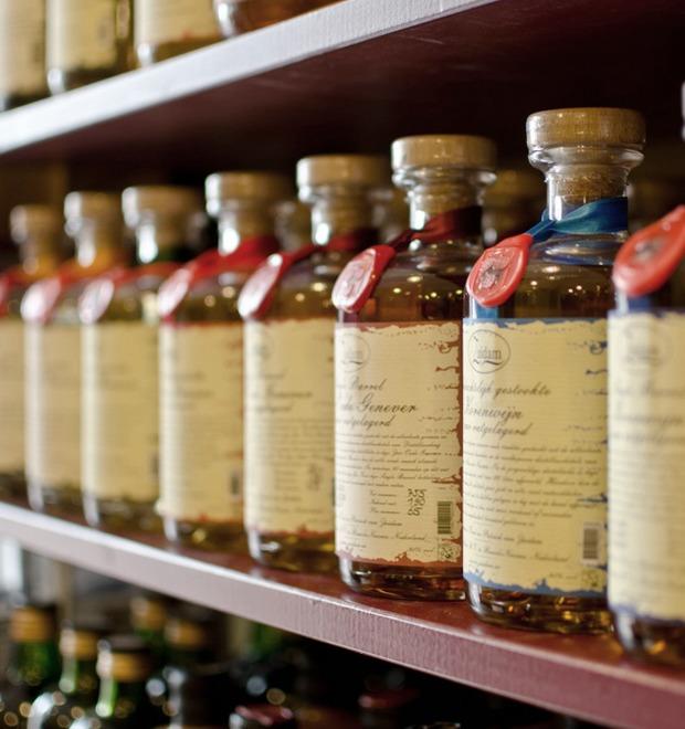 Все, что необходимо знать о женевере — водке из можжевельника