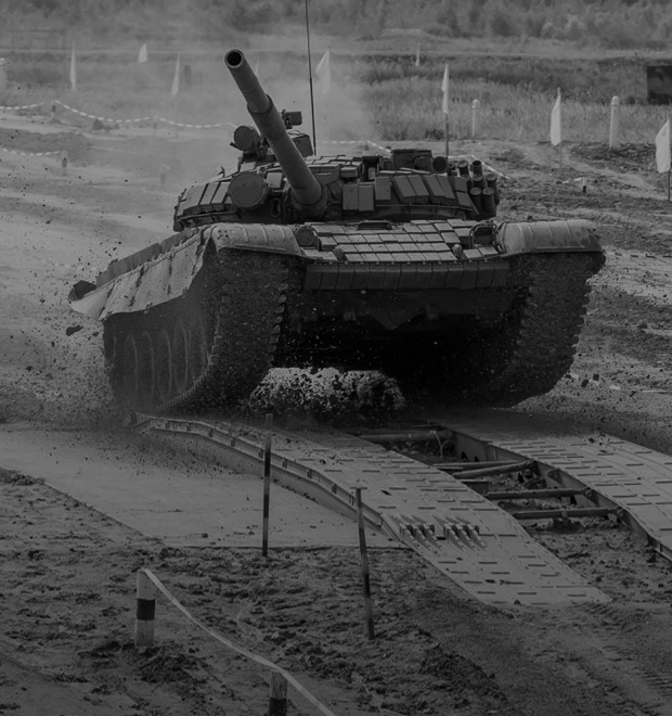 Танковый биатлон и ещё 15 идиотских идей соревнований для рекламы армии