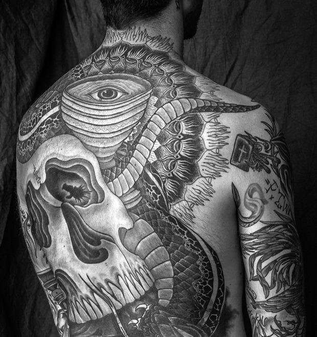 Точка на плоскости: Гид по дотворку — особенной технике татуировок — Культура на FURFUR
