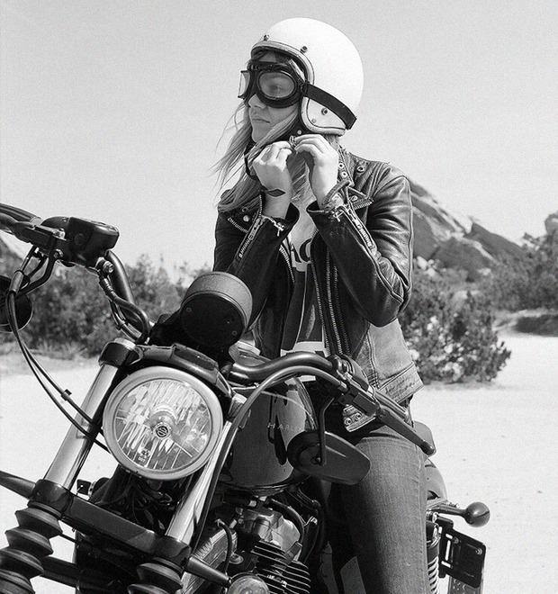 «Мне не нужен мужчина»: Интервью с Ланакилой Макнотон, мотоциклисткой и фотографом