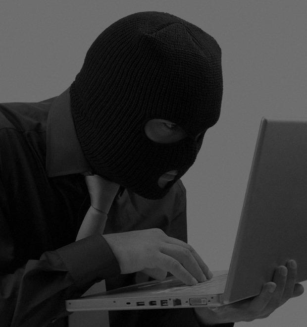 Интернет курильщика: Как выглядят хакеры в фотобанках