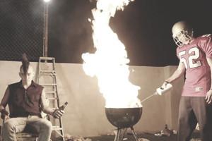 Дэвид Линч выпустил новый клип на песню «Crazy Clown Time» — Культура на FURFUR