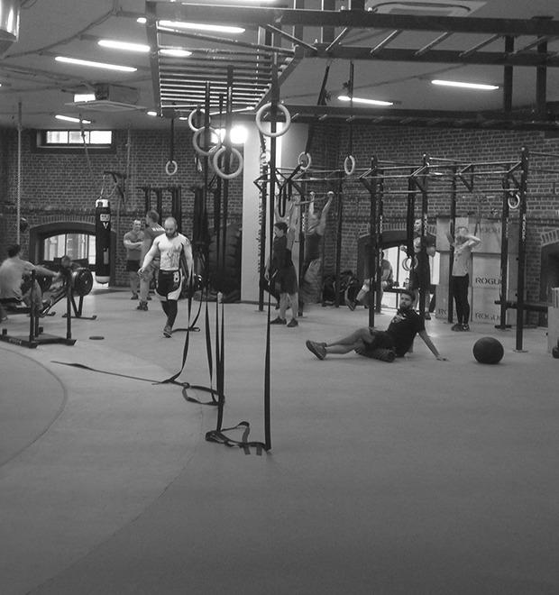 Дневник тренировок по кроссфиту: Всё о спортивном снаряжении