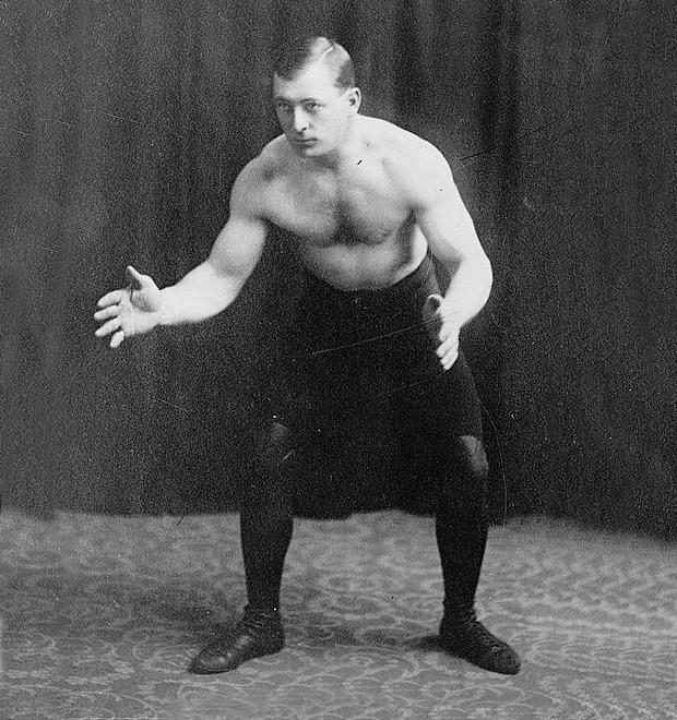 Спорт для занятых людей: Отрывок из пособия по физкультуре начала прошлого века