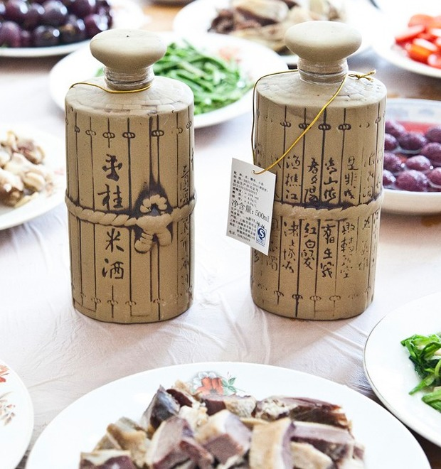 Краткий гид по байцзю, китайскому крепкому алкоголю — Культура на FURFUR
