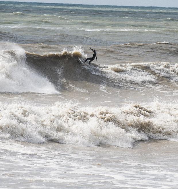 Русская Калифорния: Зачем заниматься сёрфингом в Сочи