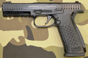 Атака с воздуха: Новый пистолет российской армии «Черный стриж» и его предшественники — Культура на FURFUR