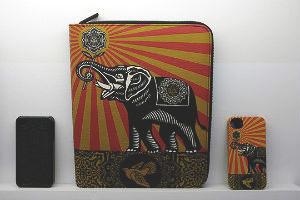 Совместная коллекция сумок марки Incase и художника Шепарда Фейри