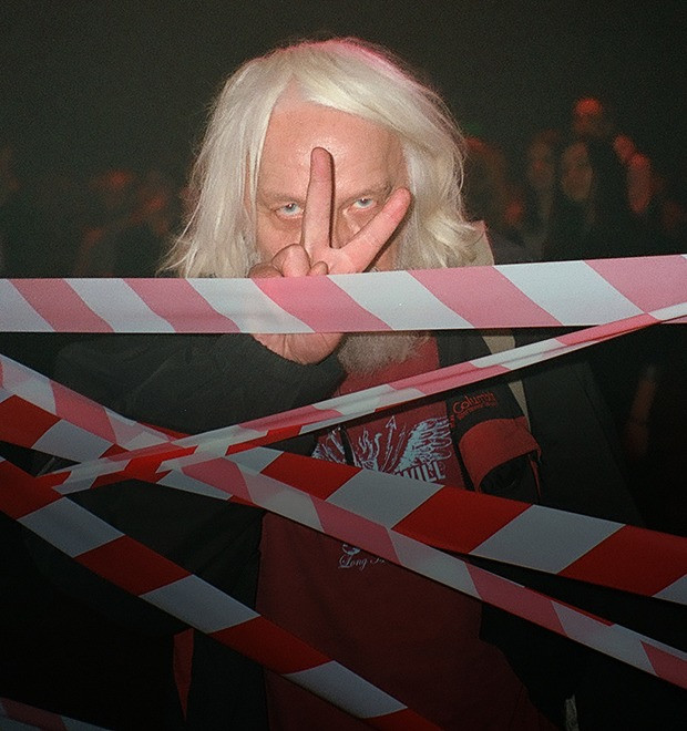 Фоторепортаж: Концерт «Панк-фракции красных бригад» в театре имени Вс. Мейерхольда