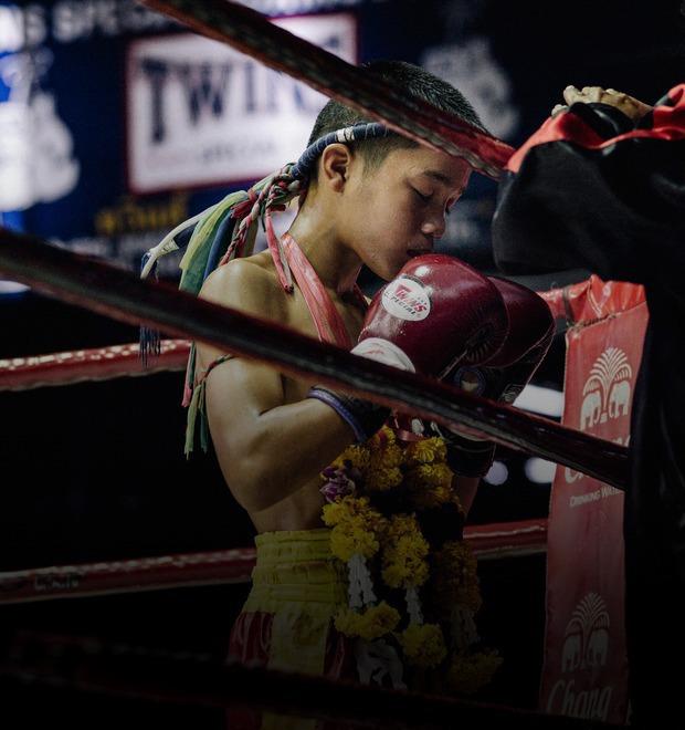 Бокс против нищеты: Как тайские подростки находят спасение от бедности на ринге