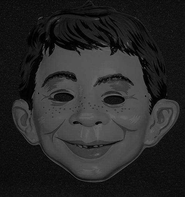 Жуткие маски на Хэллоуин как одержимость фотографа Майкла Рида