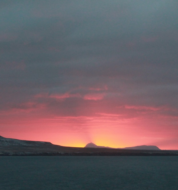 3 месяца на Шпицбергене: Как я пил с шахтёрами и преподавал английский в Арктике
