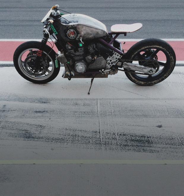 Фоторепортаж с гонки кастомных мотоциклов Nuts & Bolts