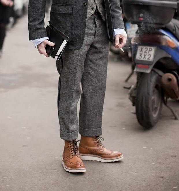 Коротко и ясно: Как правильно носить укороченные брюки — Стиль на FURFUR