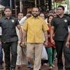 Для индийского бизнесмена сшили золотую рубашку ценой 200 тысяч долларов